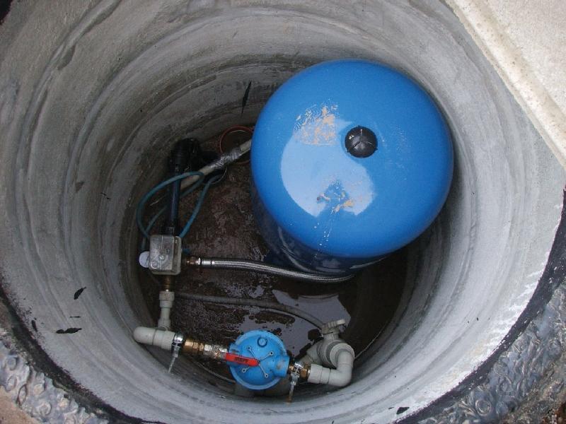Кессон для скважины. Обустройство скважины под ключ, кессон для скважины любых видов: пластиковый кессон, металлический, бетонный. Недорого.