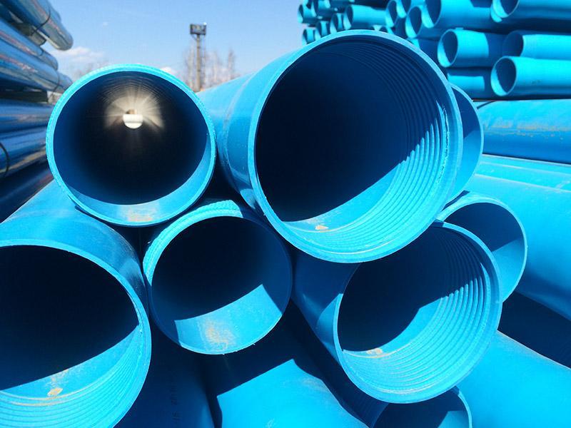 Обсадные трубы для скважины. Бурение скважин и обустройство, используем НПВХ и стальные трубы для скважин в Томске и области. Гарантия.